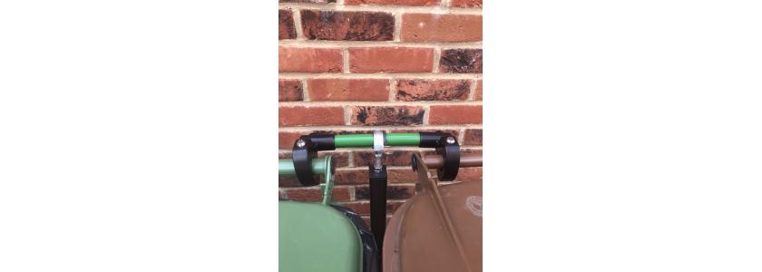 Wheelie bin stand